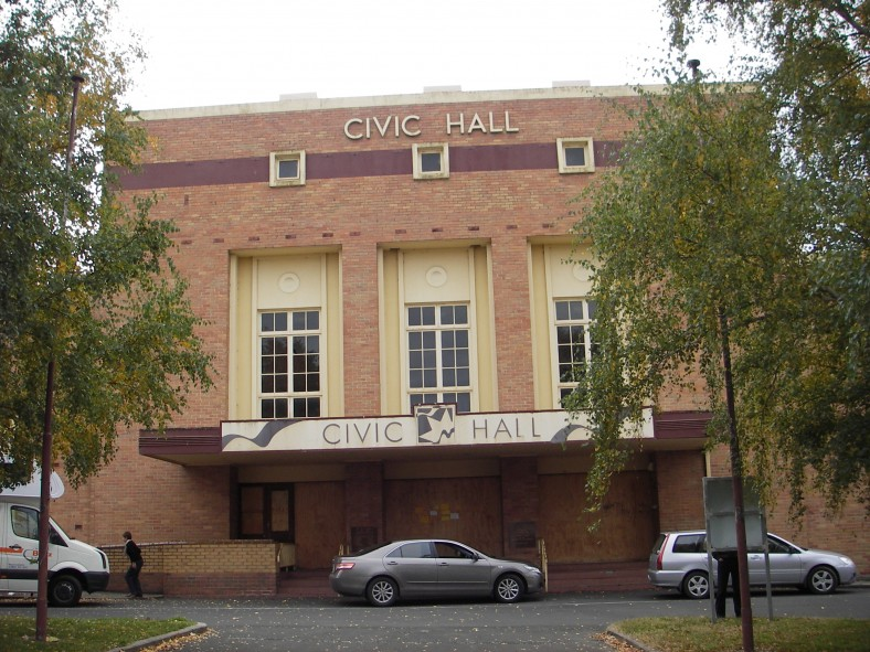 Facade of Civic Hall 2014